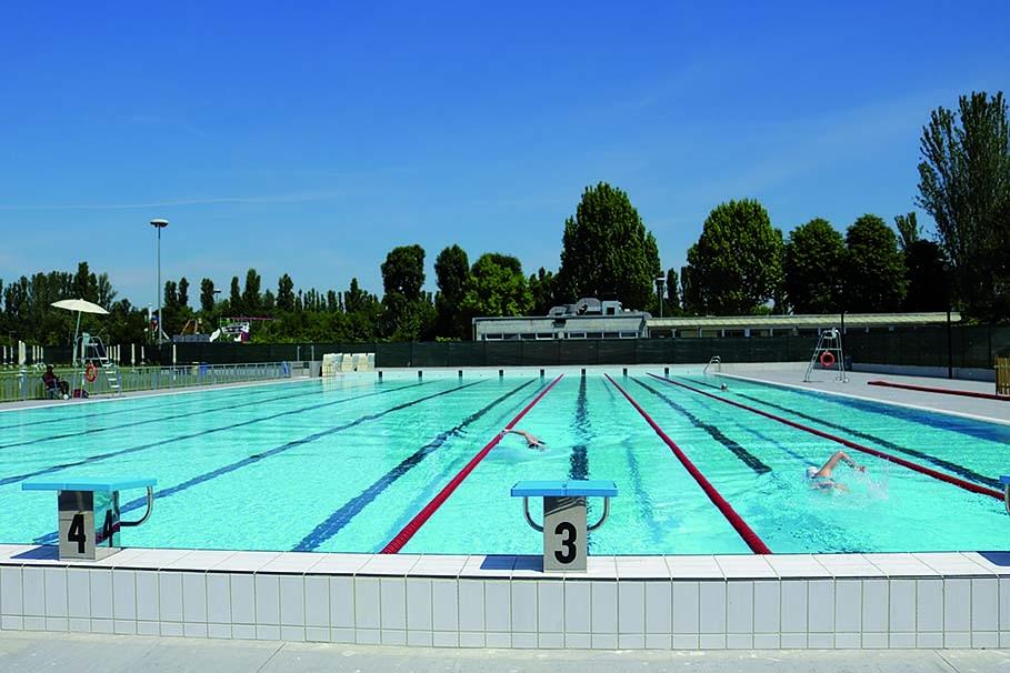 La piscina pronta a diventare il lido di carpi comune for Piscina 1 20