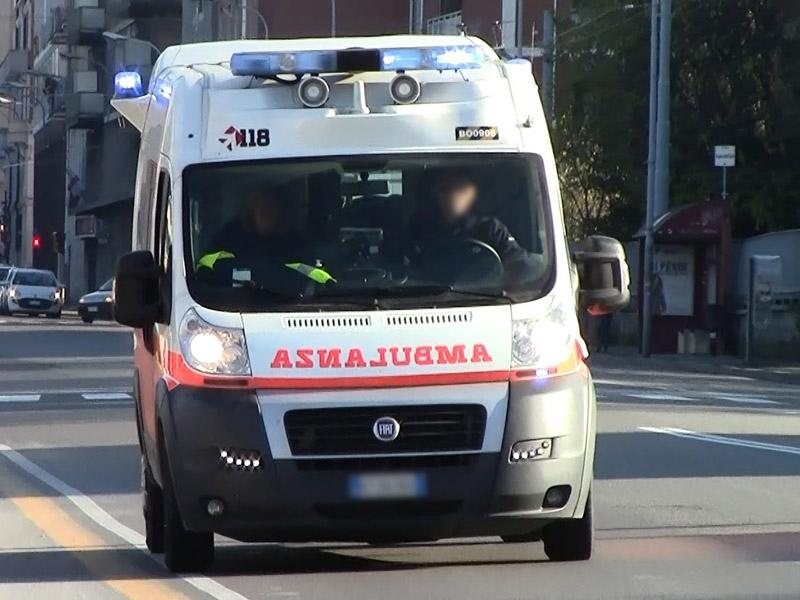 Risultati immagini per ambulanza 118